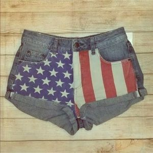 Topshop sz 4 Moto Shorts America flag rolled up